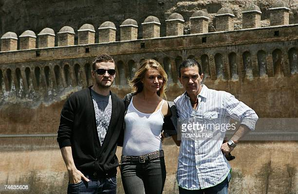 US actor/singer Justin Timberlake US actress Cameron Diaz and Spanish actor Antonio Banderas pose during a photocall for Shrek the Third in Rome 15...