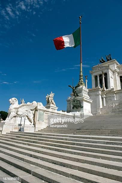 roma memorial - bandera italiana fotografías e imágenes de stock