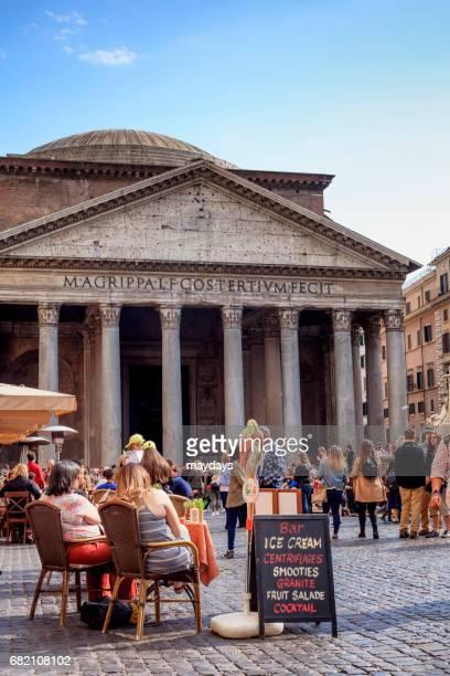 rome, pantheon - turista stock-fotos und bilder