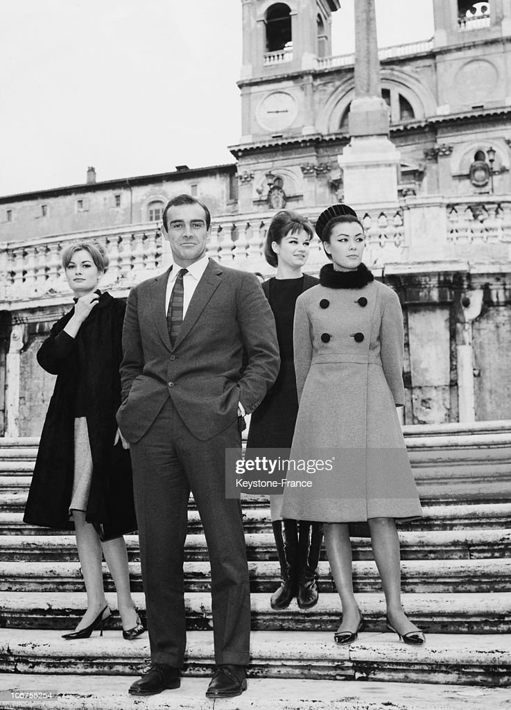 Rome, Sean Connery In Italy For The Launching Of His Last Film Agent 007. 1963 : News Photo