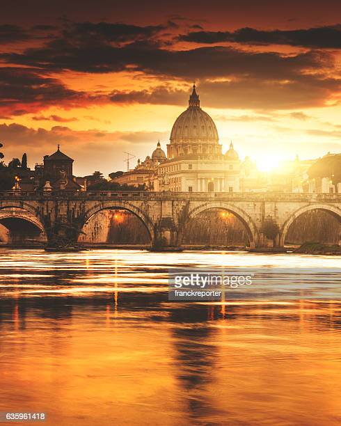 rome skyline at dusk - roma stock photos and pictures