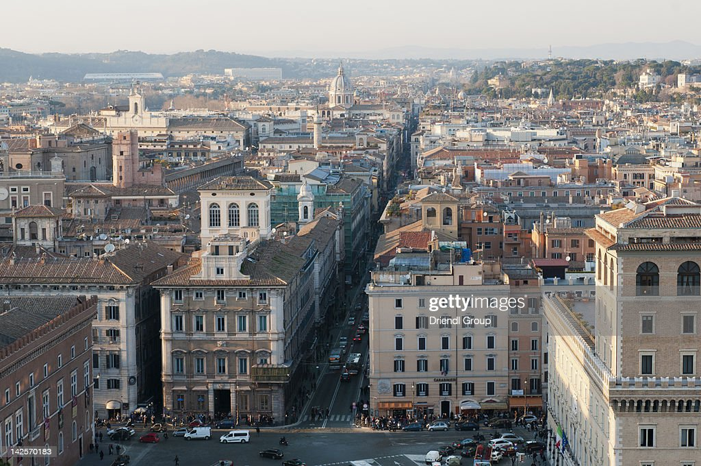 Rome skyline looking down via del corso stock photo for Mac roma via del corso