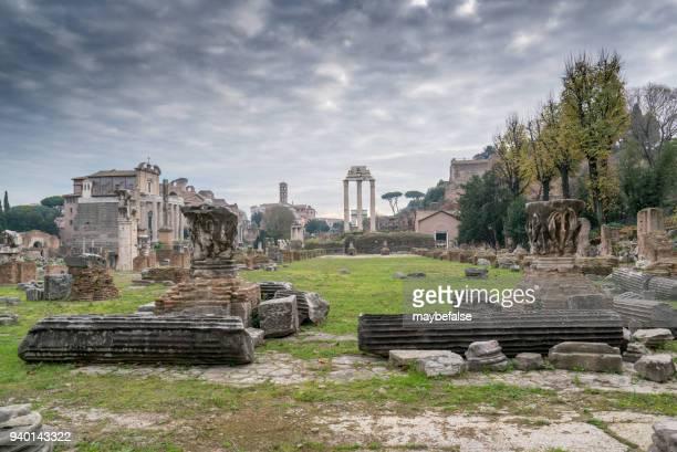 horizonte de roma - ruína antiga - fotografias e filmes do acervo