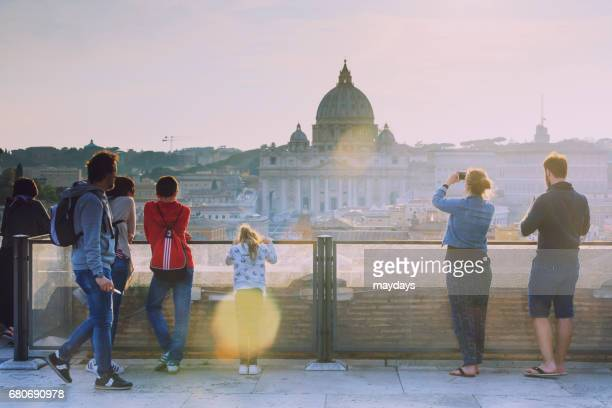 rome, st peter basilica - periodo medievale stock pictures, royalty-free photos & images