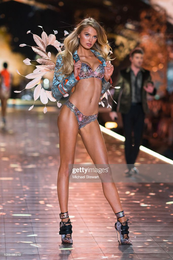 Romee Strijd Walks The Runway During The 2018 Victoria S Secret