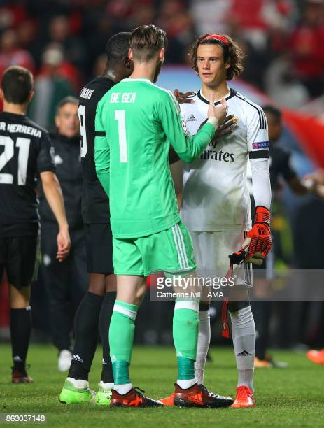 Romelu Lukaku and David De Gea of Manchester United console Mile Svilar of Benfica after the UEFA Champions League group A match between SL Benfica...