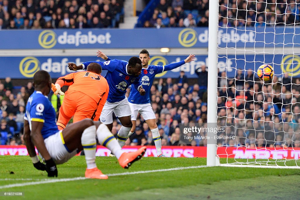 Everton v West Ham United - Premier League : News Photo