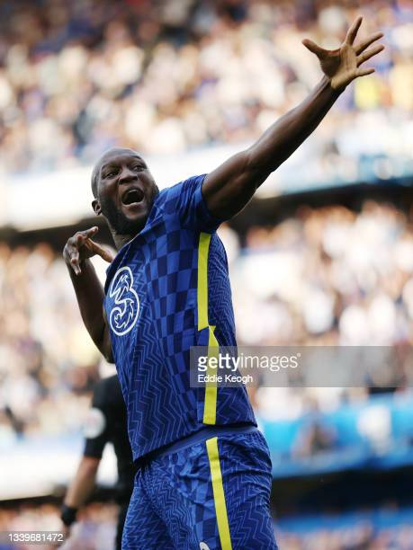 Romelu Lukaku of Chelsea celebrates after scoring their side's first goal during the Premier League match between Chelsea and Aston Villa at Stamford...