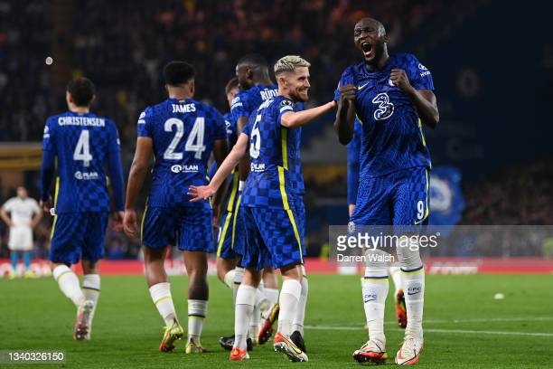 Romelu Lukaku of Chelsea celebrates with teammate Jorginho after scoring their side's first goal during the UEFA Champions League group H match...