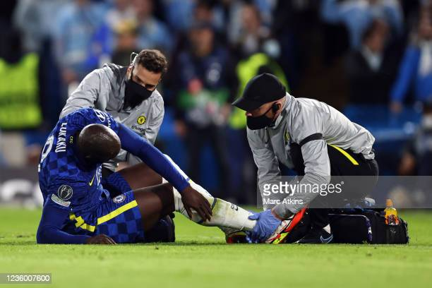 Romelu Lukaku of Chelsea is treated for injury during the UEFA Champions League group H match between Chelsea FC and Malmo FF at Stamford Bridge on...