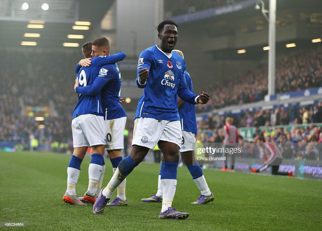 Romelu Lukaku of Everton celebrates as he scores their fourth goal during the Barclays Premier League match between Everton and Sunderland at Goodison Park on November 1, 2015 in Liverpool, England.