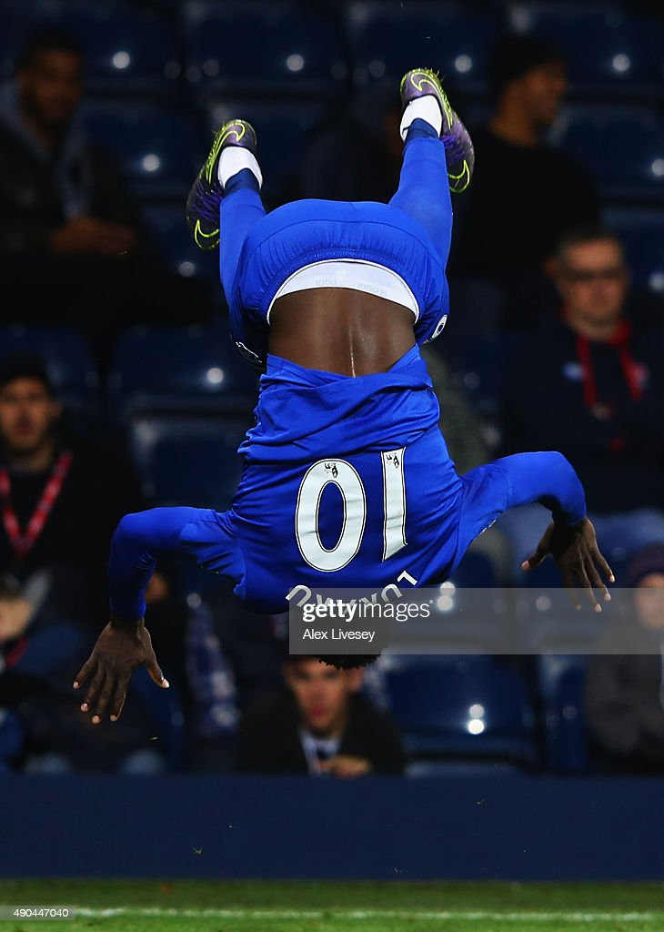 Romelu Lukaku of Everton celebrates as he scores their third goal during the Barclays Premier League match between West Bromwich Albion and Everton at The Hawthorns on September 28, 2015 in West Bromwich, United Kingdom.