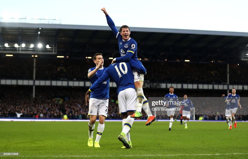 Romelu Lukaku of Everton celebrates scoring his side's fifth goal with team-mate Ross Barkley during the Premier League match between Everton and AFC Bournemouth at Goodison Park on February 4, 2017 in Liverpool, England.