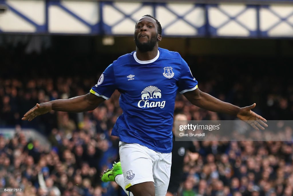 Romelu Lukaku of Everton celebrates scoring his sides second goal during the Premier League match between Everton and Sunderland at Goodison Park on February 25, 2017 in Liverpool, England.
