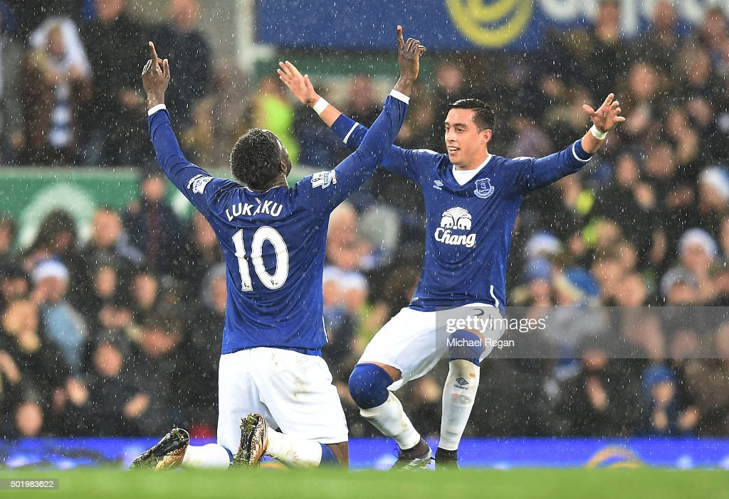 Romelu Lukaku (L) of Everton celebrates scoring his team's first goal with his team mate Ramiro Funes Mori (R) during the Barclays Premier League match between Everton and Leicester City at Goodison Park on December 19, 2015 in Liverpool, England.