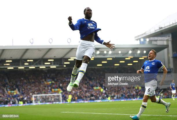 Romelu Lukaku of Everton celebrates scoring his team's fourth goal during the Premier League match between Everton and Leicester City at Goodison...