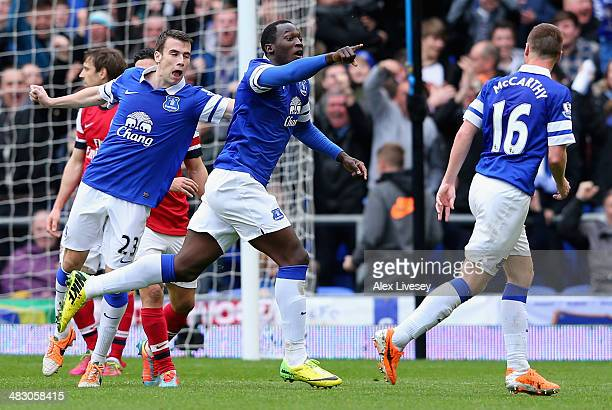 Romelu Lukaku of Everton celebrates scoring the second goal during the Barclays Premier League match between Everton and Arsenal at Goodison Park on...