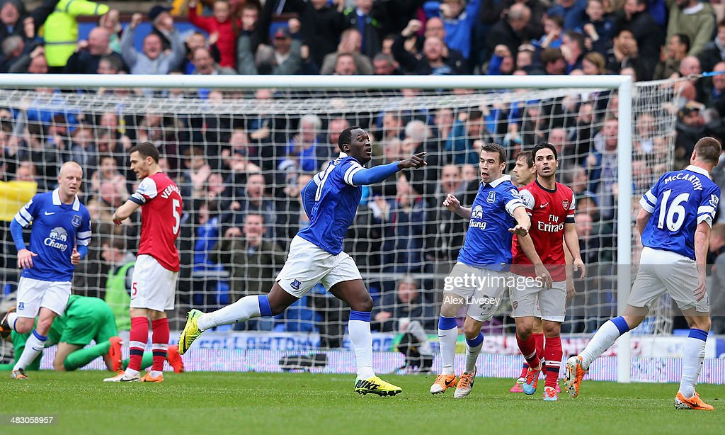 Romelu Lukaku of Everton celebrates scoring the second goal during the Barclays Premier League match between Everton and Arsenal at Goodison Park on April 6, 2014 in Liverpool, England.