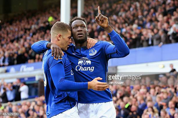 Romelu Lukaku of Everton celebrates scoring their second goal with Ross Barkley of Everton during the Barclays Premier League match between Everton...