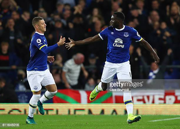Romelu Lukaku of Everton celebrates with team mate Ross Barkley as he scores their first goal from a free kick during the Premier League match...
