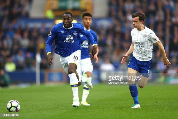 Romelu Lukaku of Everton goes past Ben Chilwell of Leicester City during the Premier League match between Everton and Leicester City at Goodison Park...