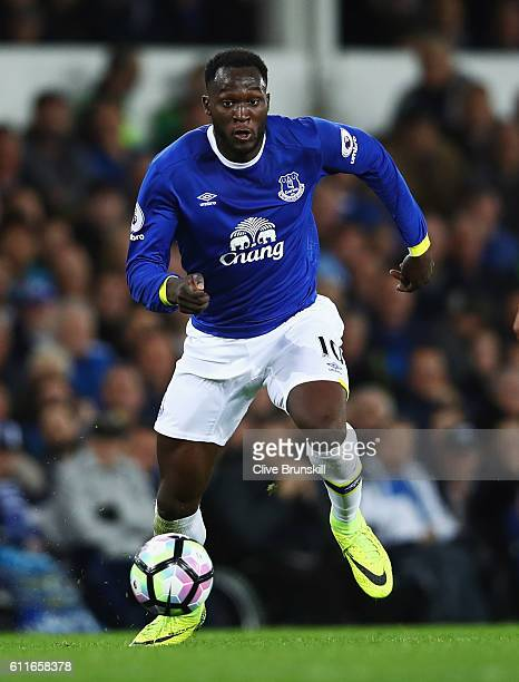 Romelu Lukaku of Everton in action during the Premier League match between Everton and Crystal Palace at Goodison Park on September 30 2016 in...