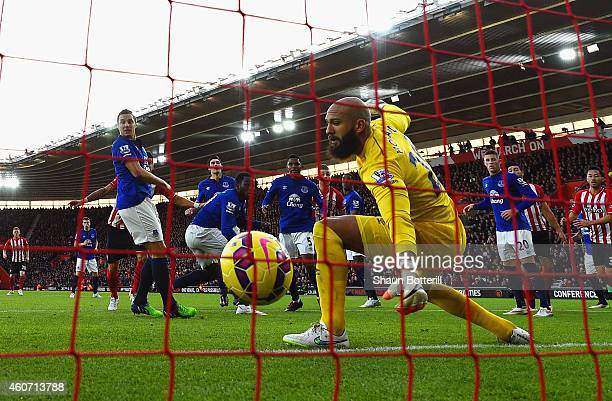 Romelu Lukaku of Everton scores an own goal past Tim Howard of Everton during the Barclays Premier League match between Southampton and Everton at St...