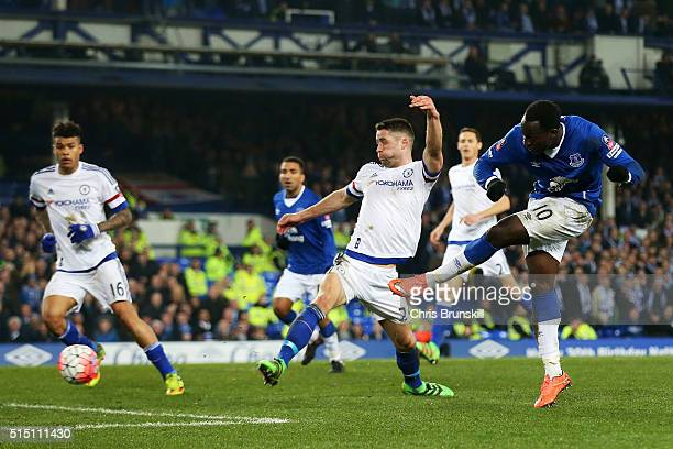 Romelu Lukaku of Everton scores his team's first goal during the Emirates FA Cup sixth round match between Everton and Chelsea at Goodison Park on...