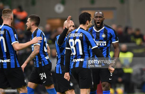 Romelu Lukaku of FC Internazionale celebrates after scoring the first goal of his team with teammates during the Serie A match between FC...