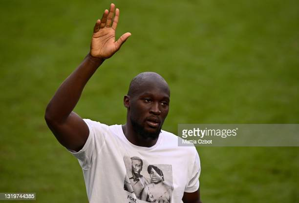 Romelu Lukaku of FC Internazionale celebrates after the Serie A match between FC Internazionale Milano and Udinese Calcio at Stadio Giuseppe Meazza...