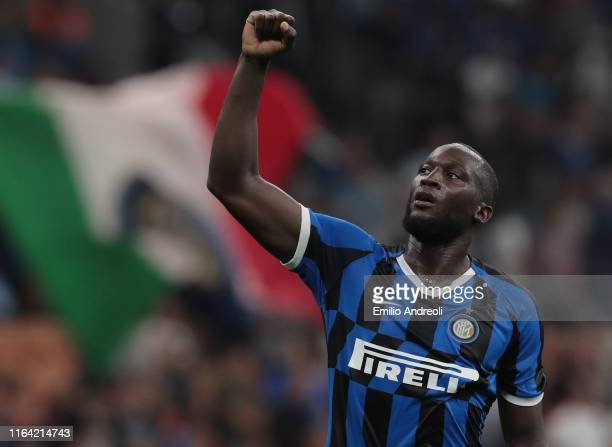 Romelu Lukaku of FC Internazionale celebrates his goal during the Serie A match between FC Internazionale and US Lecce at Stadio Giuseppe Meazza on...