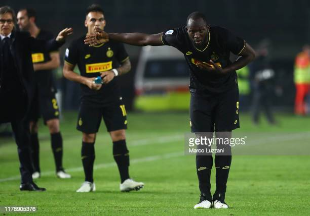 Romelu Lukaku of FC Internazionale celebrates his goal during the Serie A match between Brescia Calcio and FC Internazionale at Stadio Mario...