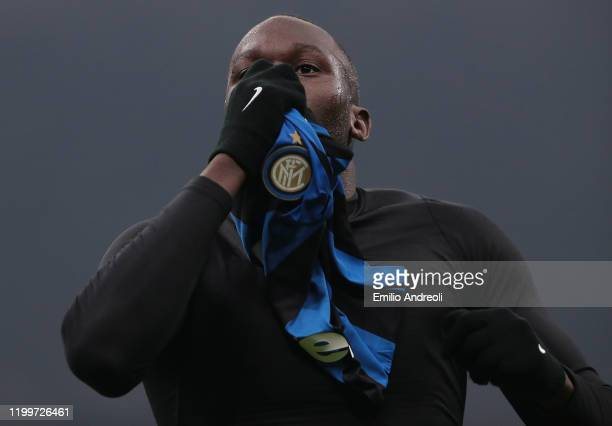 Romelu Lukaku of FC Internazionale celebrates his goal during the Serie A match between FC Internazionale and AC Milan at Stadio Giuseppe Meazza on...