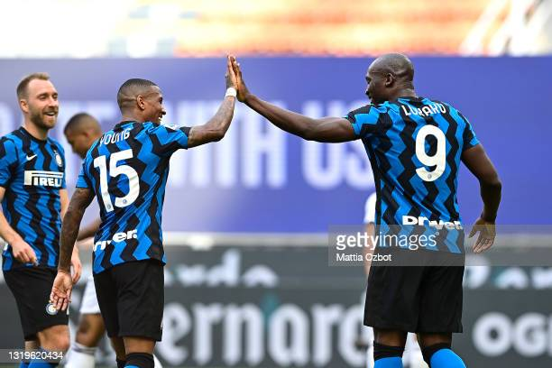 Romelu Lukaku of FC Internazionale celebrates with Ashley Young after scoring their side's fifth goal during the Serie A match between FC...