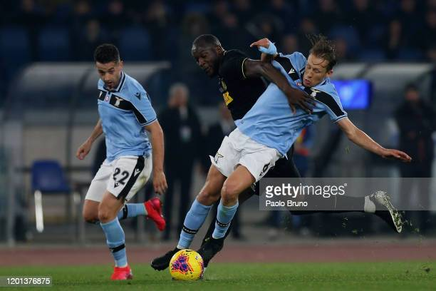 Romelu Lukaku of FC Internazionale competes for the ball with Lucas Leiva of SS Lazio during the Serie A match between SS Lazio and FC Internazionale...