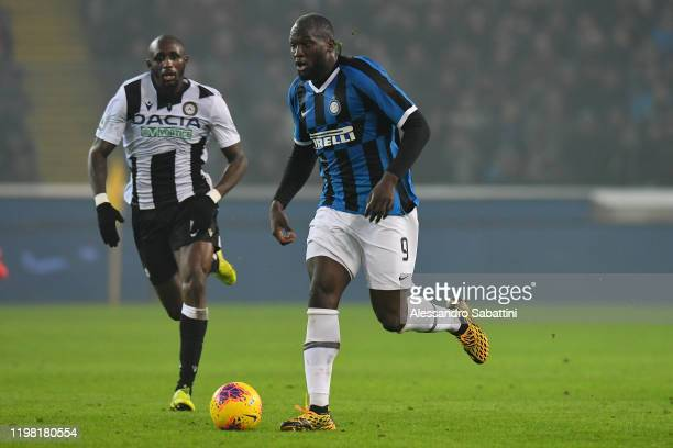 Romelu Lukaku of FC Internazionale in action during the Serie A match between Udinese Calcio and FC Internazionale at Stadio Friuli on February 2...