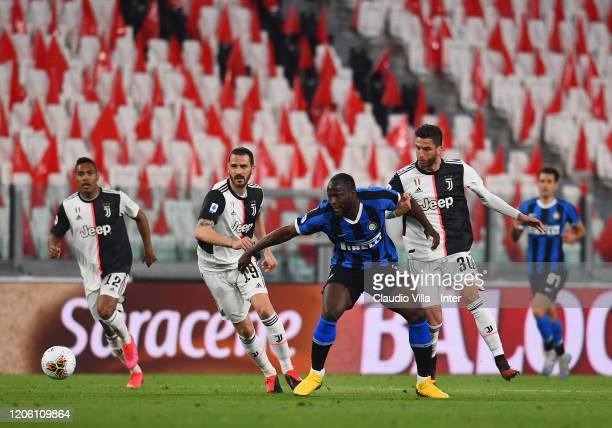 Romelu Lukaku of FC Internazionale in action during the Serie A match between Juventus and FC Internazionale played behind closed doors at Allianz...