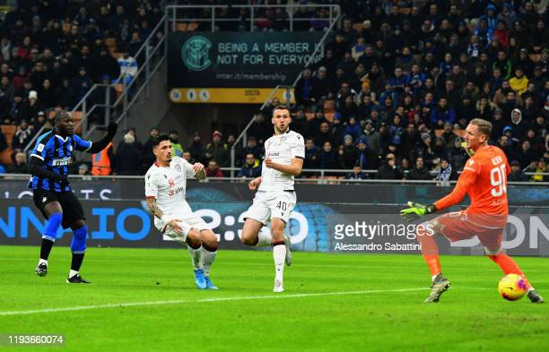 Romelu Lukaku of FC Internazionale scores the opening goal during the Coppa Italia match between FC Internazionale and Cagliari Calcio at Stadio...