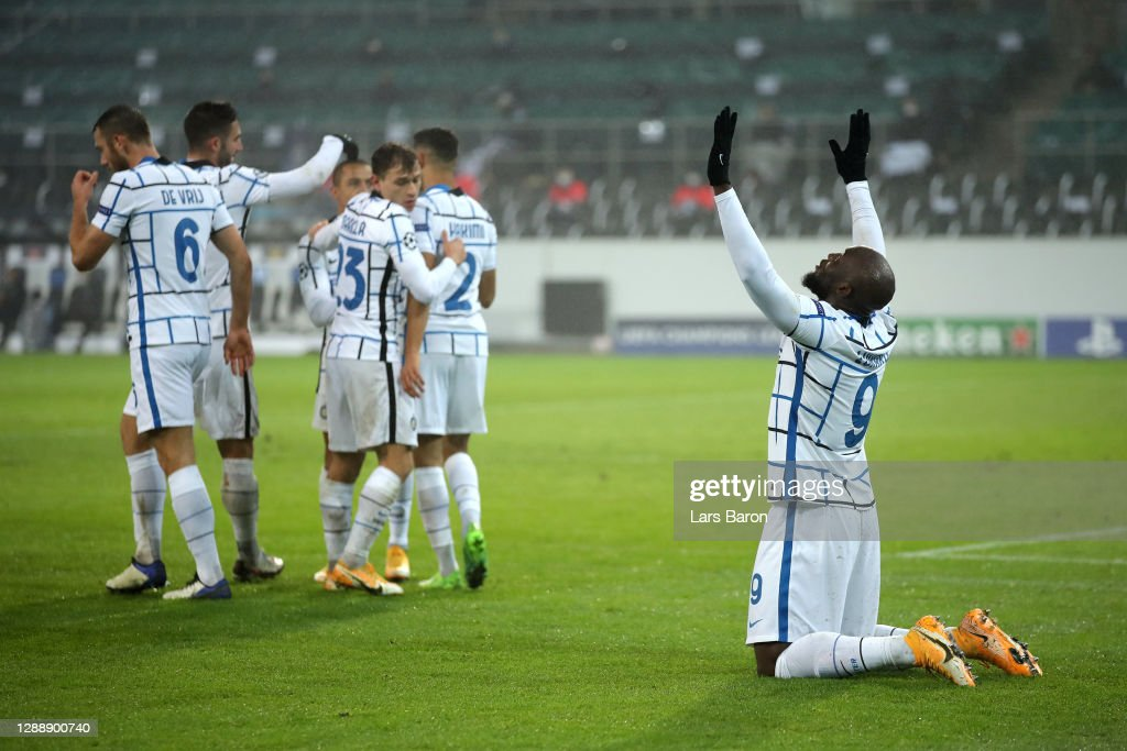 Borussia Moenchengladbach v FC Internazionale: Group B - UEFA Champions League : News Photo