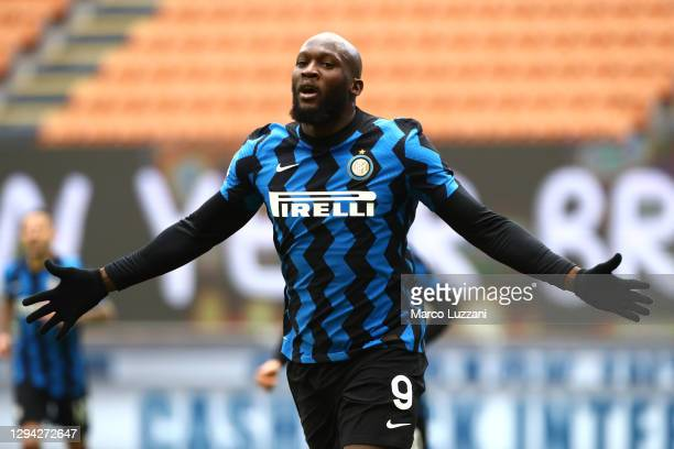 Romelu Lukaku of Inter Milan celebrates after scoring their team's fourth goal during the Serie A match between FC Internazionale and FC Crotone at...