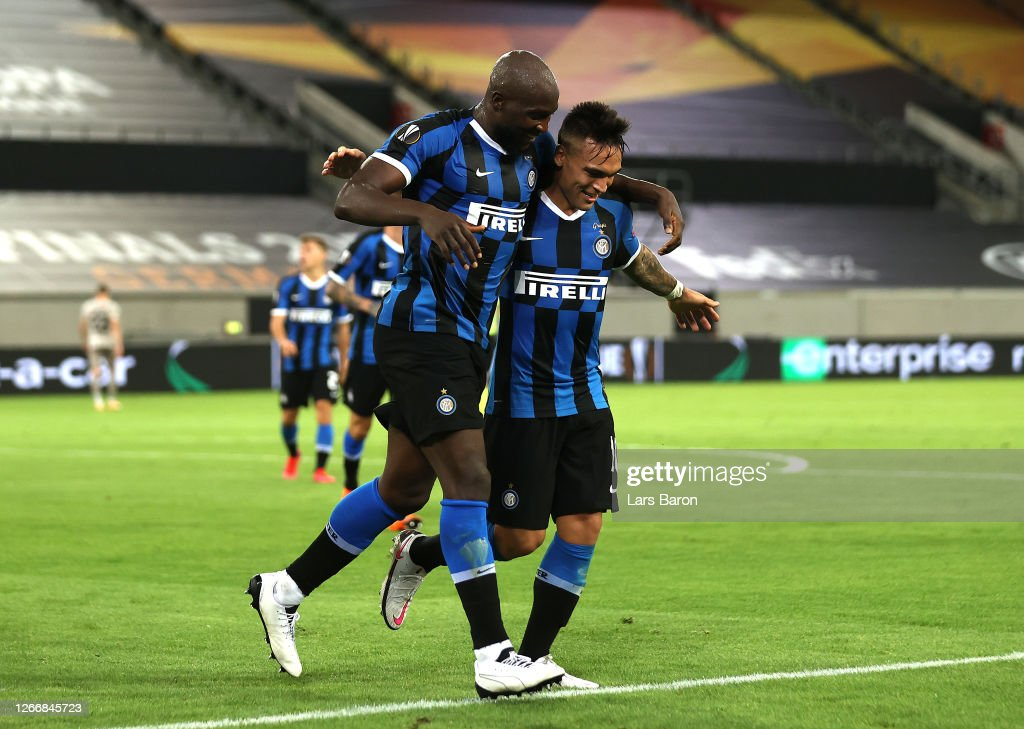FC Internazionale v Shakhtar Donetsk - UEFA Europa League Semi Final : News Photo
