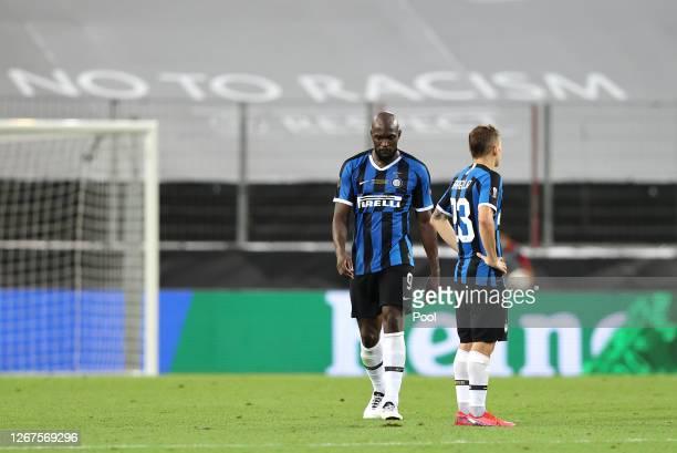 Romelu Lukaku of Inter Milan looks dejected after scoring an own goal, Sevilla's third goal during the UEFA Europa League Final between Seville and...