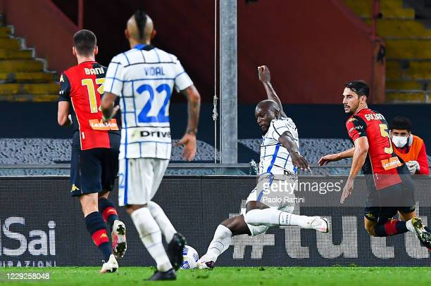 Romelu Lukaku of Inter scores a goal during the Serie A match between Genoa CFC and Fc Internazionale at Stadio Luigi Ferraris on September 20, 2020...