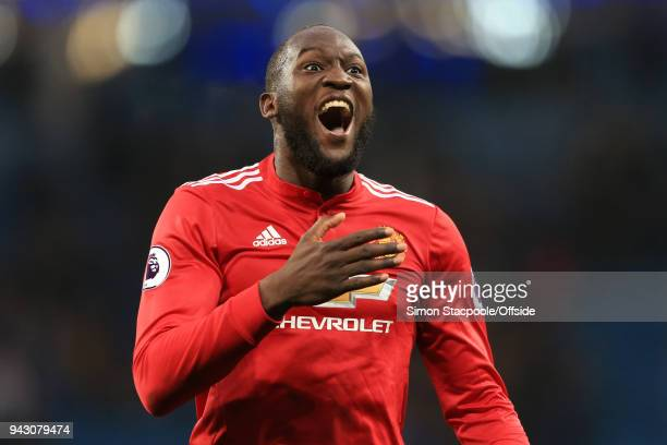 Romelu Lukaku of Man Utd celebrates victory following the Premier League match between Manchester City and Manchester United at the Etihad Stadium on...
