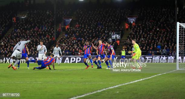 Romelu Lukaku of Man Utd shoots through several Palace players to score their 2nd goal during the Premier League match between Crystal Palace and...