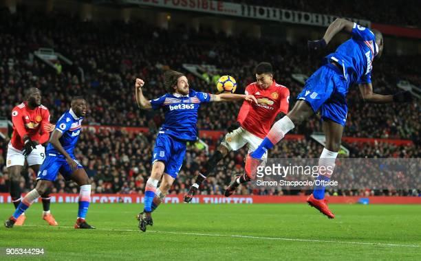 Romelu Lukaku of Manchester United Bruno Martins Indi of Stoke City Joe Allen of Stoke City Jesse Lingard of Manchester United and Kurt Zouma of...