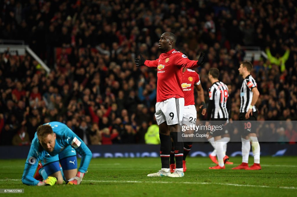 Romelu Lukaku of Manchester United celebrates scoring his sides fourth goal during the Premier League match between Manchester United and Newcastle United at Old Trafford on November 18, 2017 in Manchester, England.