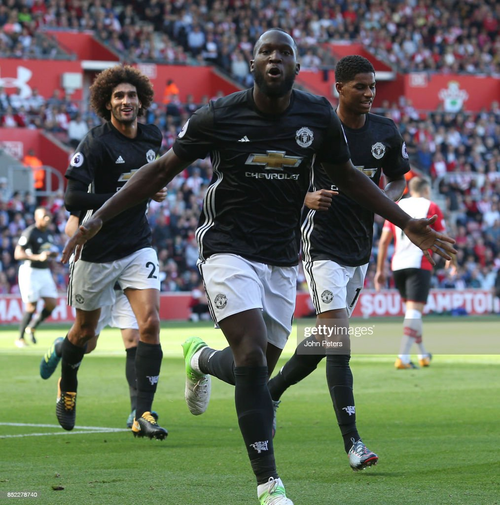 Romelu Lukaku of Manchester United celebrates scoring their first goal during the Premier League match between Southampton and Manchester United at St Mary's Stadium on September 23, 2017 in Southampton, England.