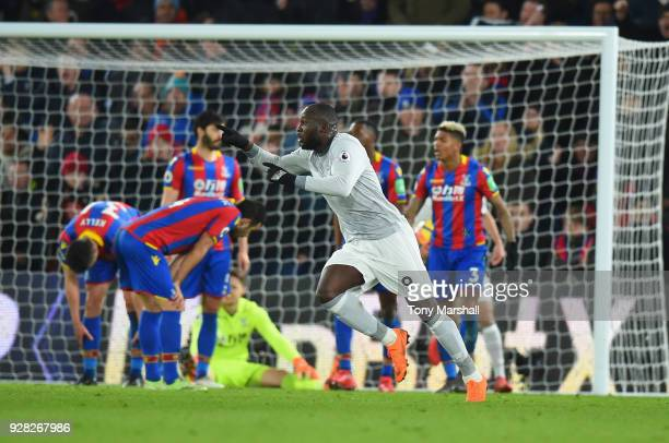 Romelu Lukaku of Manchester United celebrates scoring their second goal during the Premier League match between Crystal Palace and Manchester United...