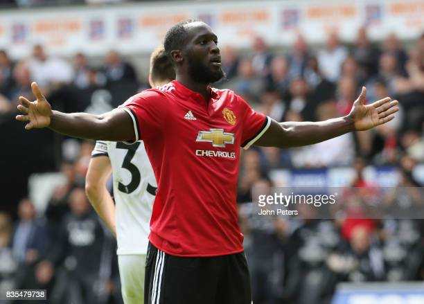 Romelu Lukaku of Manchester United celebrates scoring their secondr goal during the Premier League match between Swansea City and Manchester United...